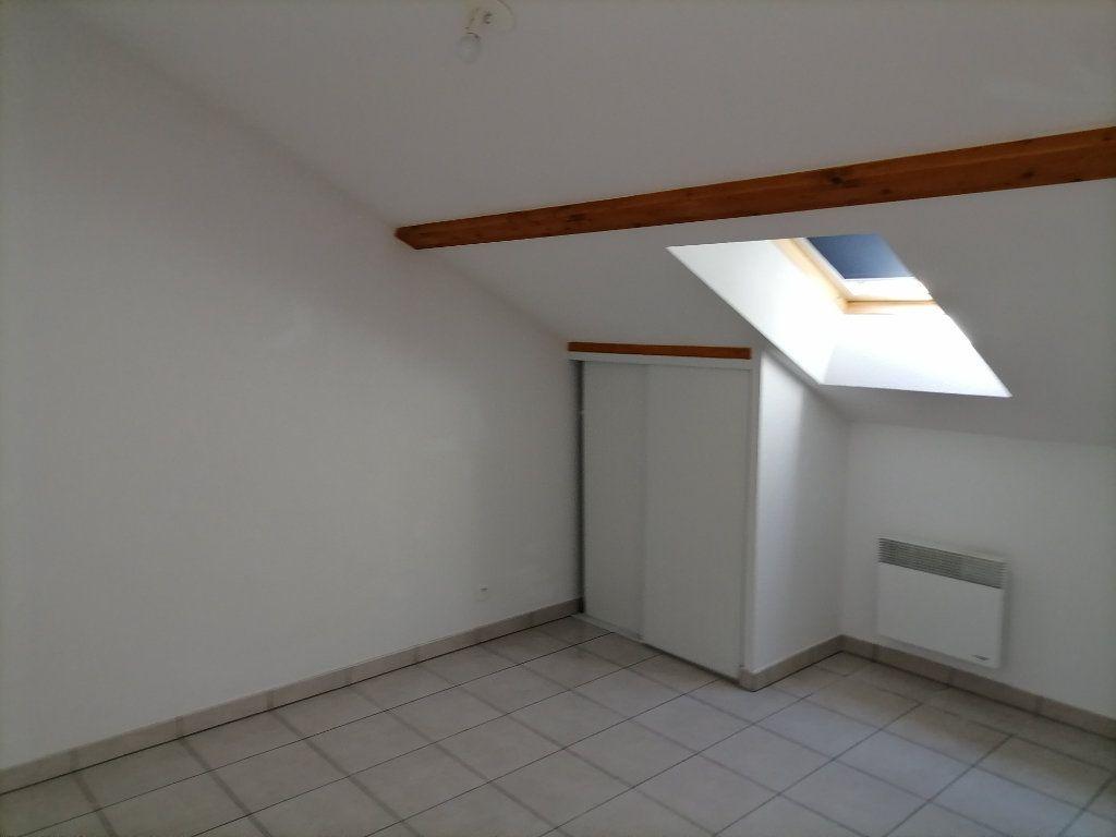 Appartement à louer 1 31.87m2 à Gex vignette-4