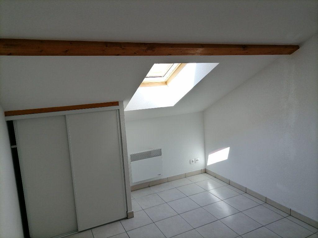 Appartement à louer 1 31.87m2 à Gex vignette-5