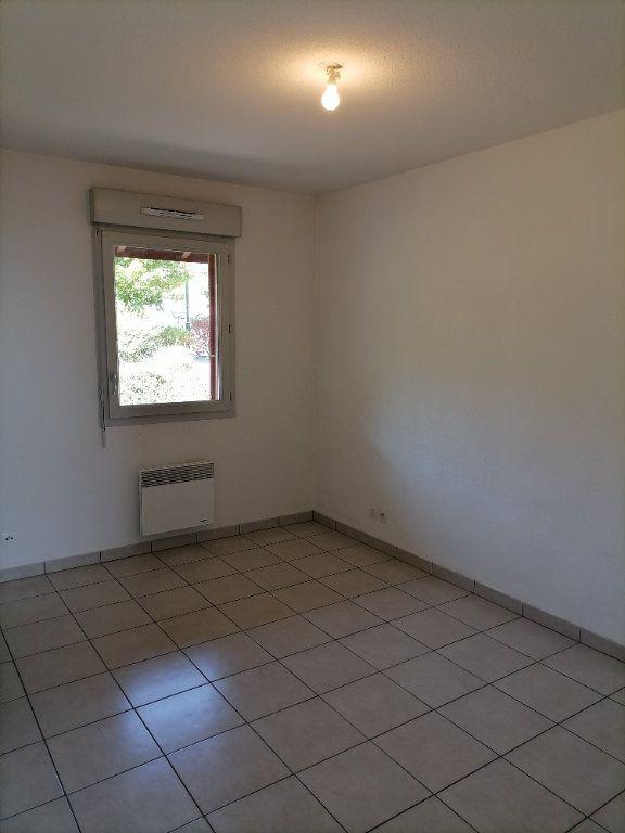 Appartement à louer 2 32.59m2 à Gex vignette-7