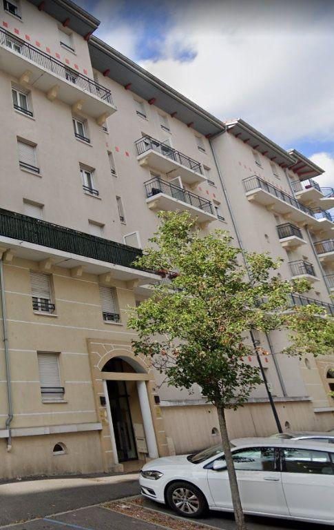 Appartement à louer 3 60.61m2 à Saint-Julien-en-Genevois vignette-8