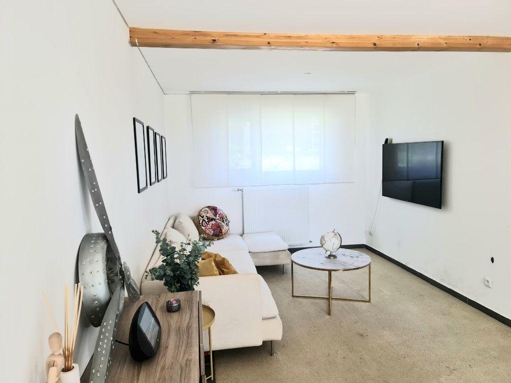 Maison à louer 4 78.61m2 à Gex vignette-11