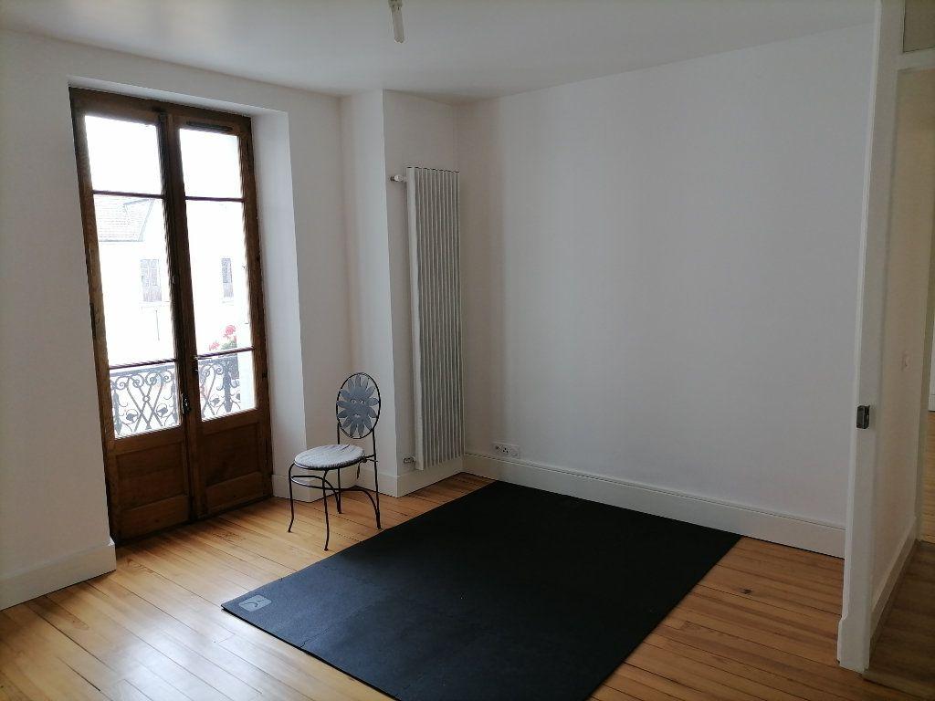 Appartement à louer 3 79.64m2 à Gex vignette-10