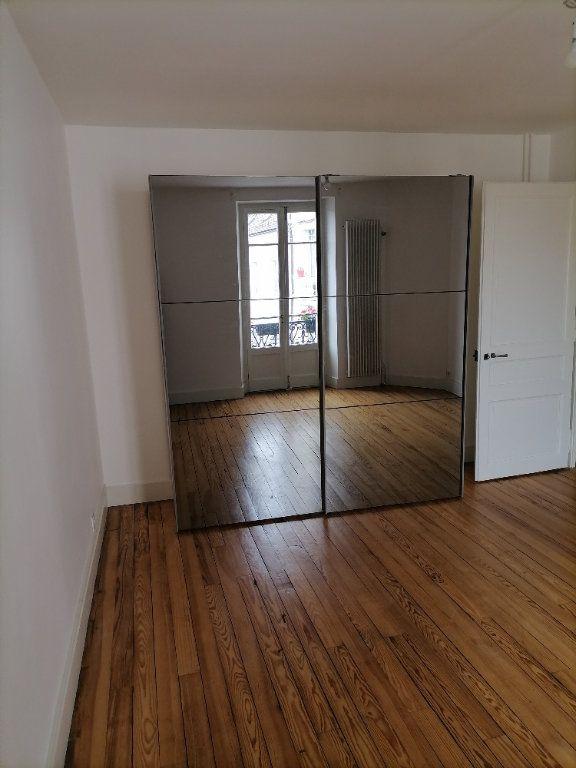 Appartement à louer 3 79.64m2 à Gex vignette-12