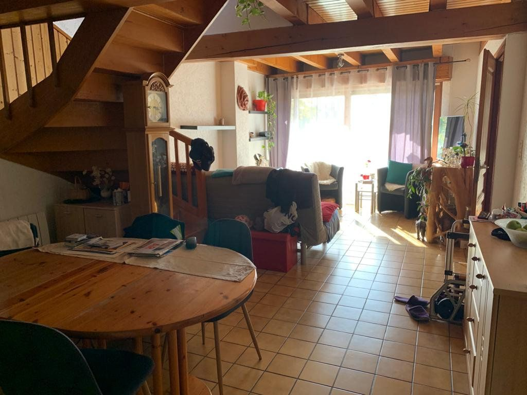 Appartement à louer 3 65.53m2 à Sergy vignette-5