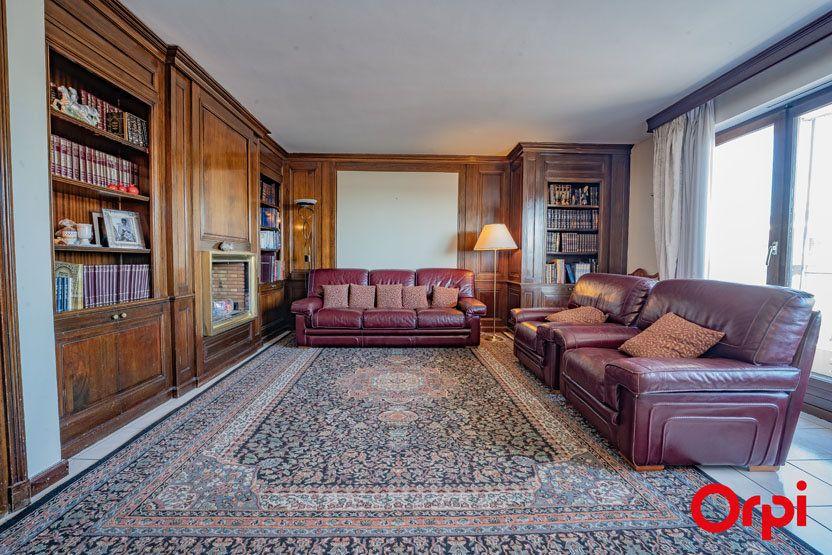 Appartement à vendre 6 172.83m2 à Annemasse vignette-2