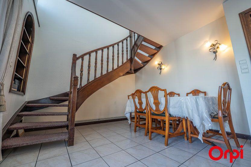 Appartement à vendre 6 172.83m2 à Annemasse vignette-5