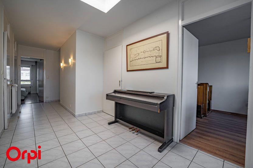 Appartement à vendre 6 172.83m2 à Annemasse vignette-8