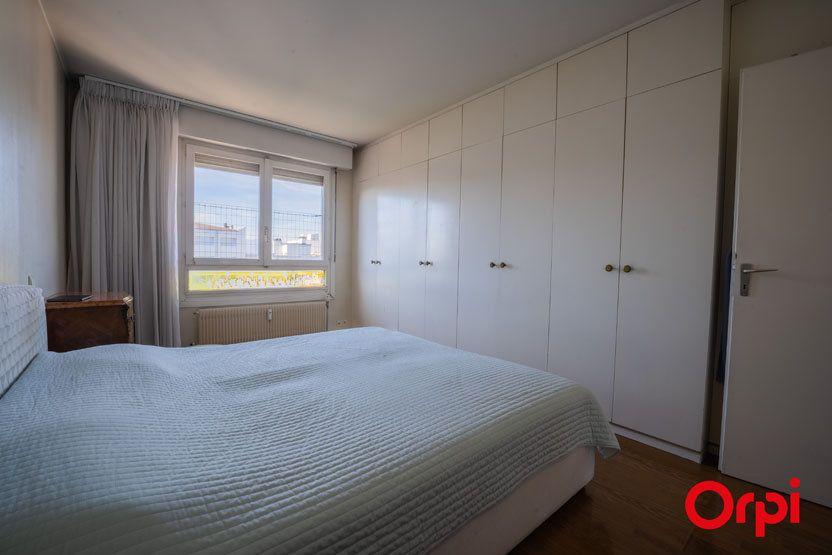 Appartement à vendre 6 172.83m2 à Annemasse vignette-10