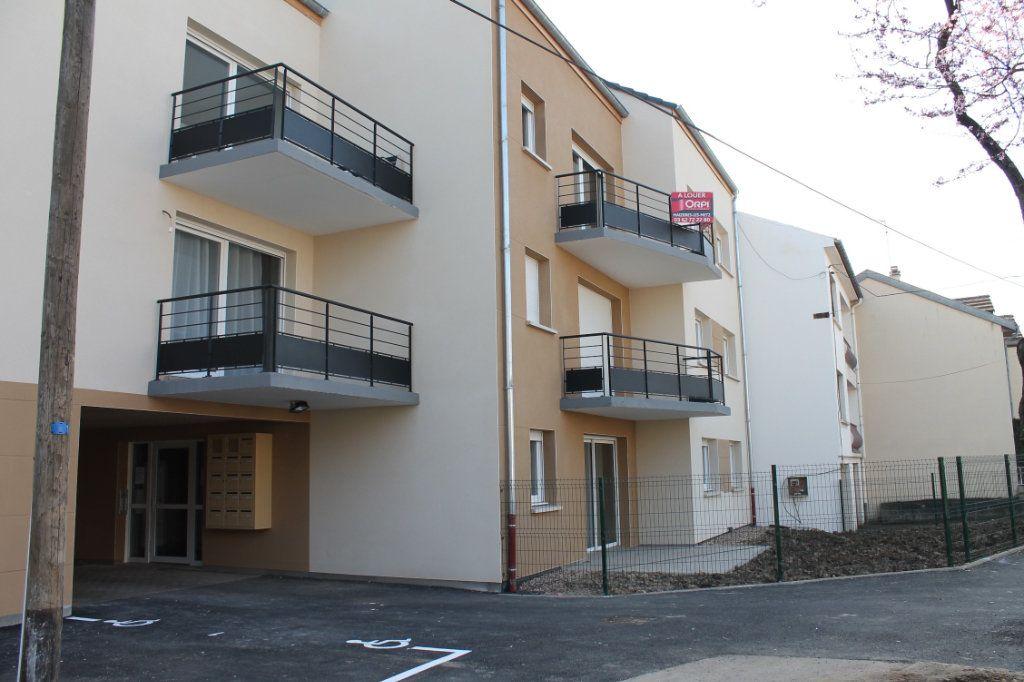 Appartement à louer 2 51m2 à Maizières-lès-Metz vignette-1