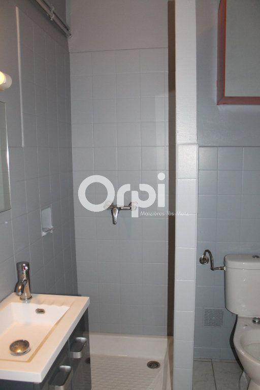 Appartement à louer 1 26m2 à Thionville vignette-2