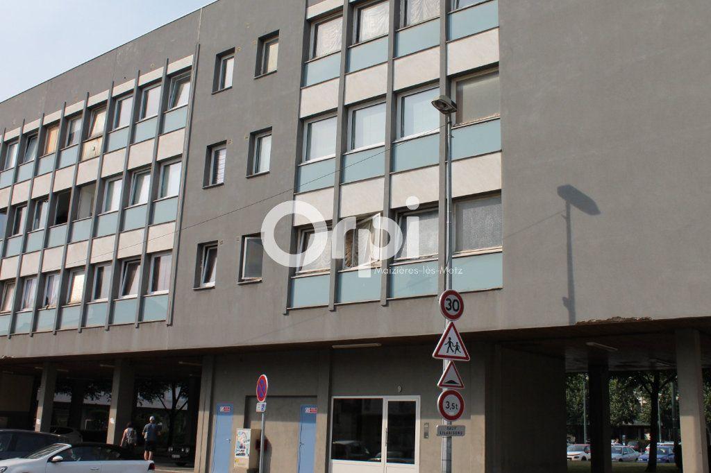 Appartement à louer 1 26m2 à Thionville vignette-4