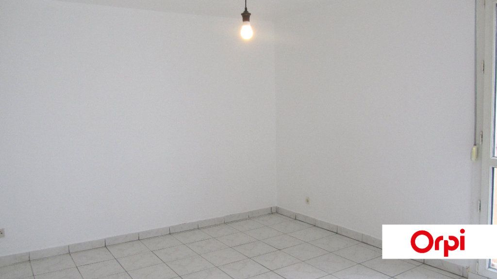 Appartement à vendre 3 66.09m2 à Maizières-lès-Metz vignette-2