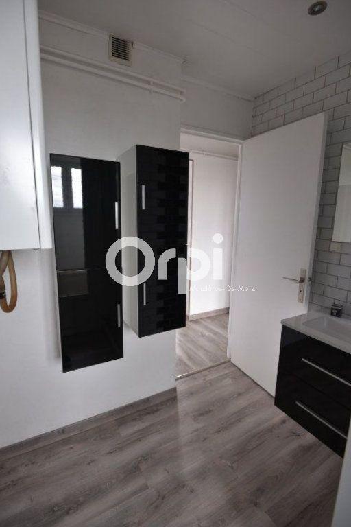 Appartement à louer 3 53m2 à Mondelange vignette-10