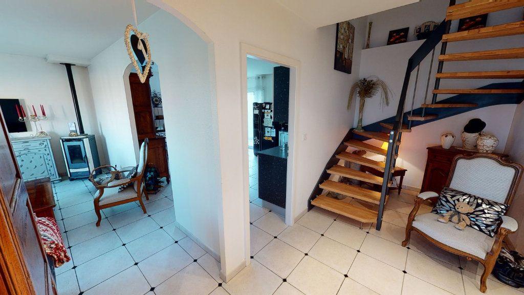 Maison à vendre 6 141m2 à Béchy vignette-4