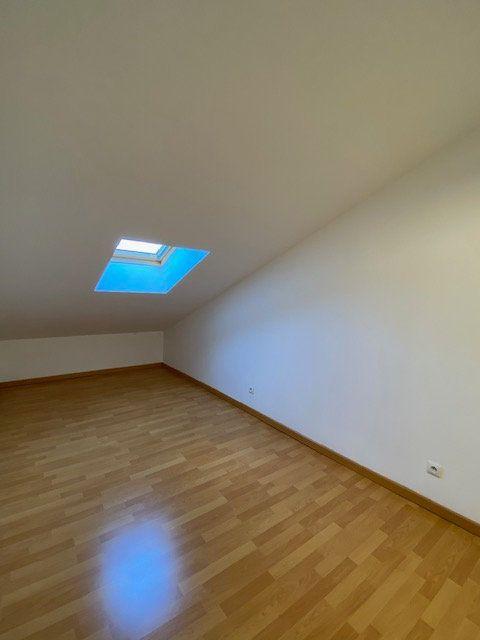 Appartement à louer 3 39m2 à Vitry-sur-Orne vignette-5