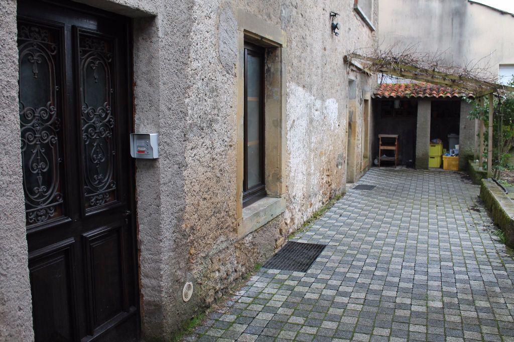 Appartement à louer 3 39m2 à Vitry-sur-Orne vignette-6