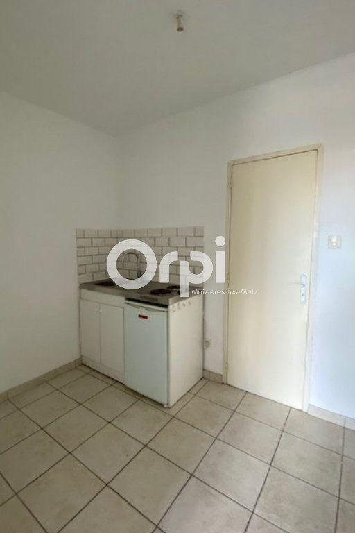 Appartement à louer 1 30m2 à Mondelange vignette-4