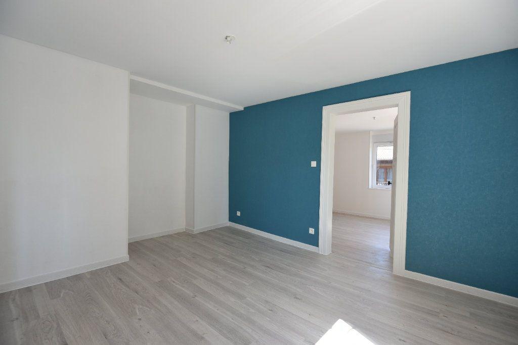 Appartement à louer 2 40m2 à Talange vignette-2