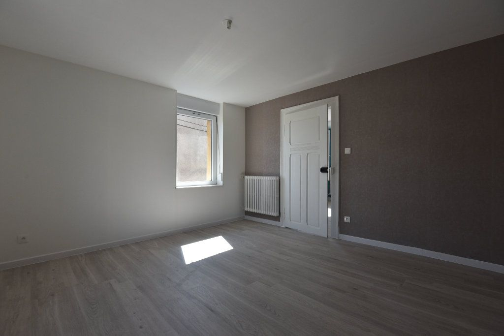 Appartement à louer 2 40m2 à Talange vignette-3