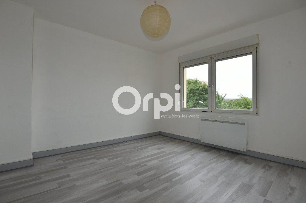 Appartement à louer 2 43.13m2 à Florange vignette-1