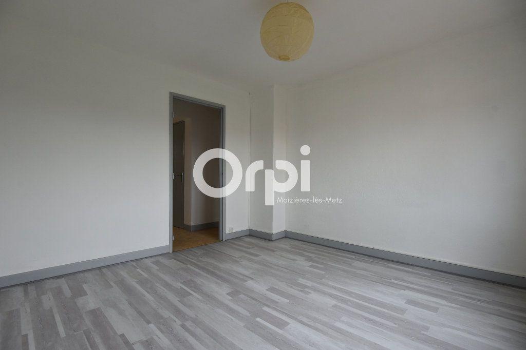 Appartement à louer 2 43.13m2 à Florange vignette-2