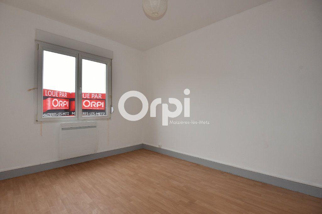 Appartement à louer 2 43.13m2 à Florange vignette-4