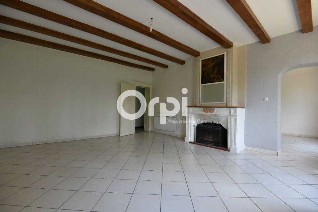 Maison à louer 4 136.02m2 à Guénange vignette-3