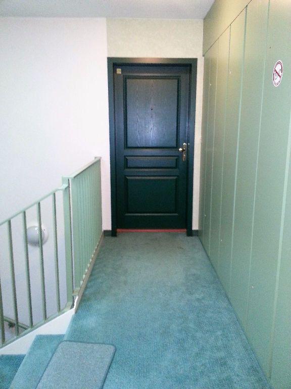 Appartement à louer 3 65.74m2 à Marange-Silvange vignette-10