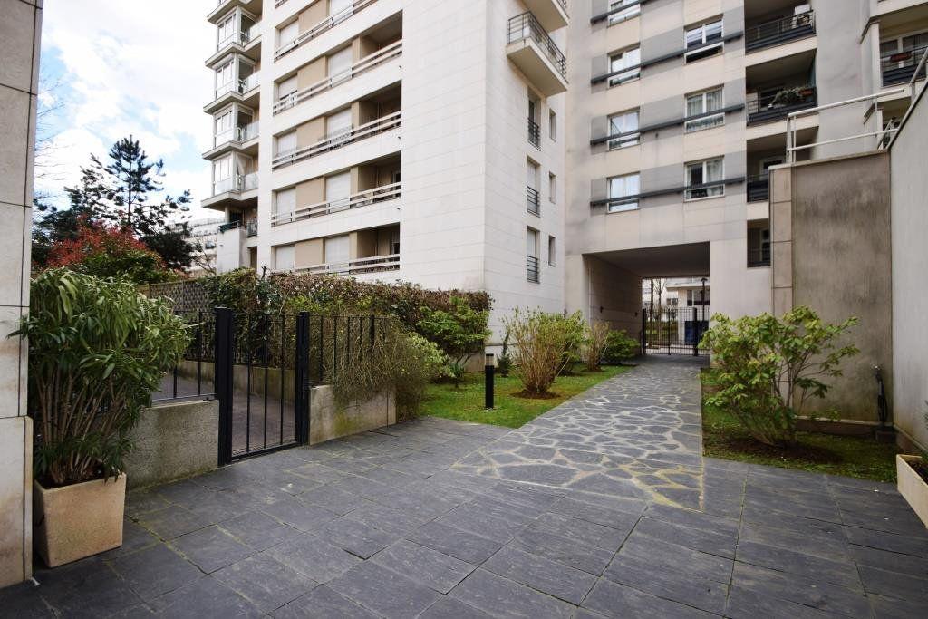 Appartement à louer 1 26.76m2 à Paris 19 vignette-11