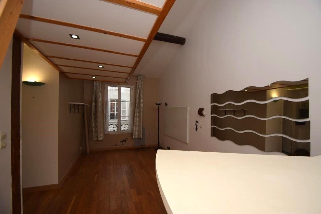 Appartement à louer 2 49m2 à Paris 11 vignette-2