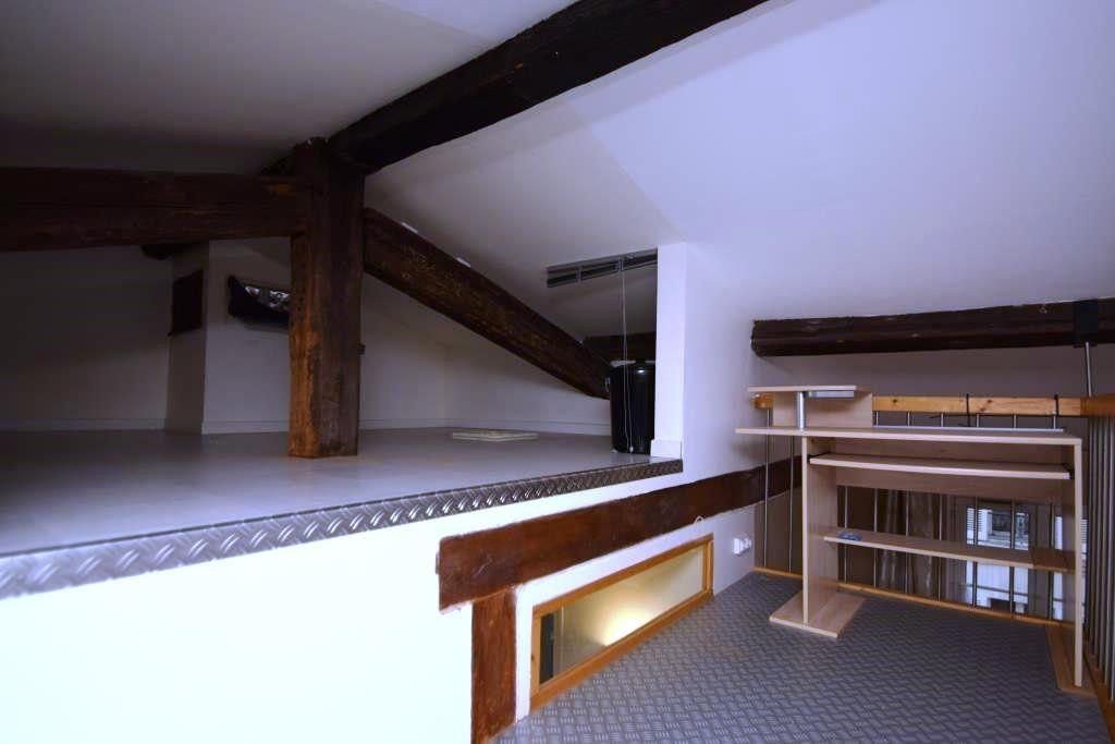 Appartement à louer 2 49m2 à Paris 11 vignette-4