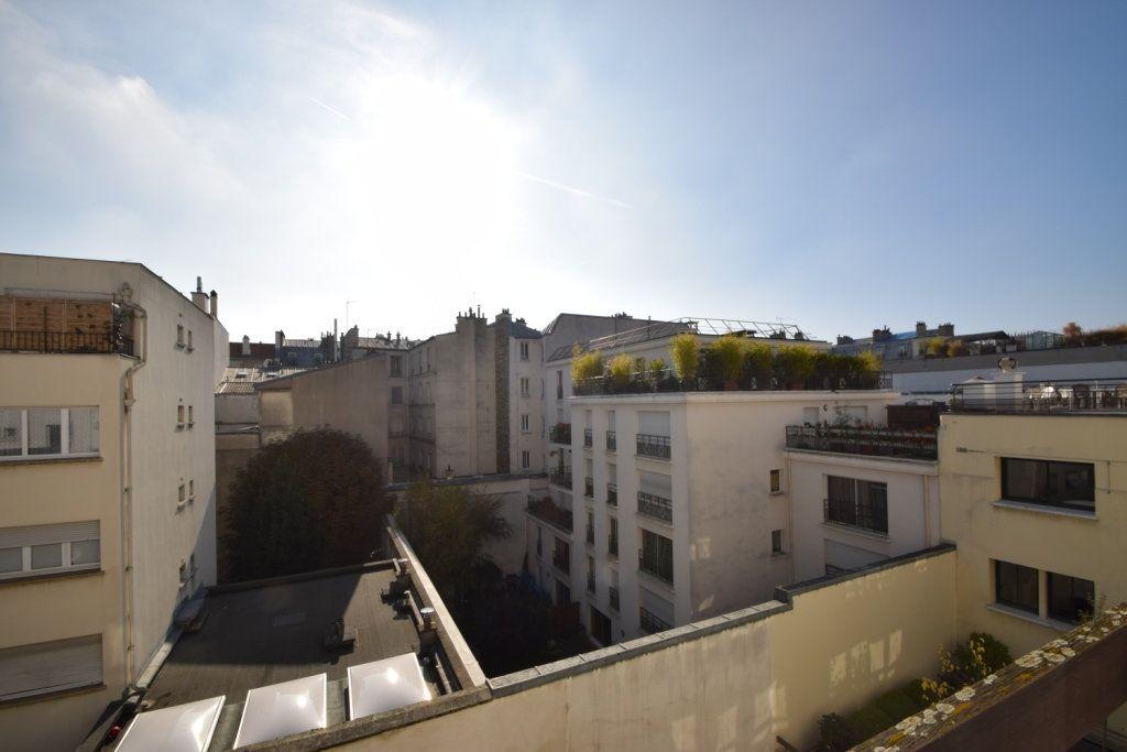 Appartement à louer 2 42.03m2 à Paris 11 vignette-4