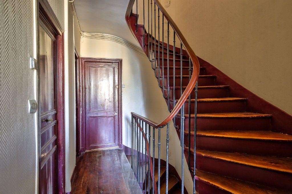 Appartement à louer 2 33.38m2 à Paris 16 vignette-11