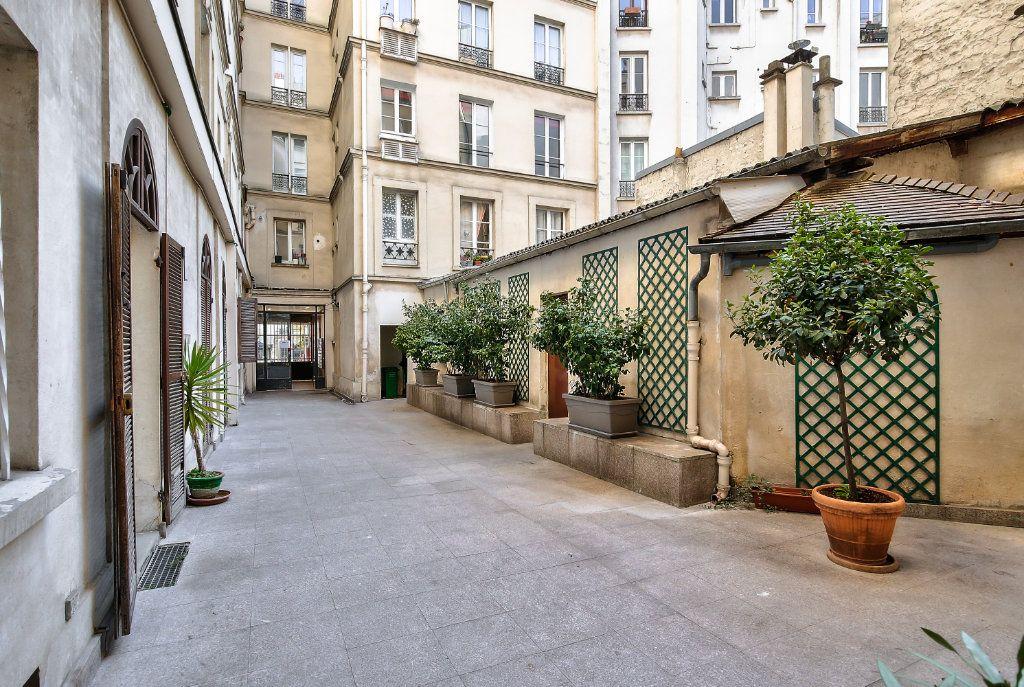 Appartement à louer 2 33.38m2 à Paris 16 vignette-13