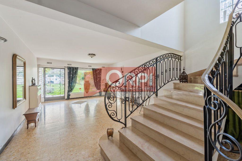 Maison à vendre 9 235m2 à Champs-sur-Marne vignette-4