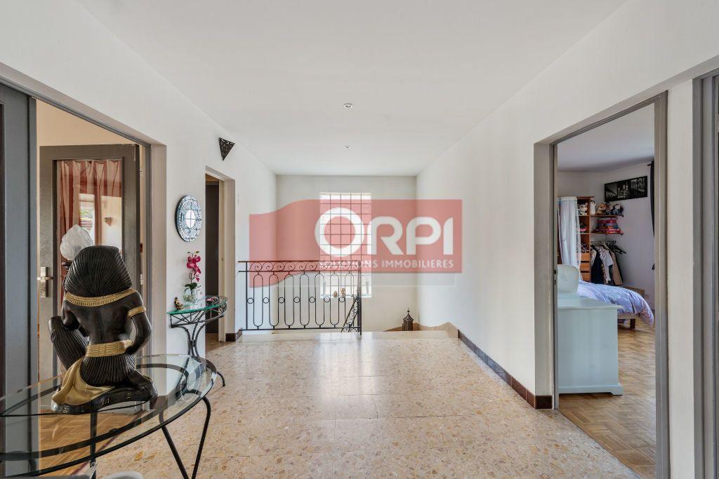 Maison à vendre 9 235m2 à Champs-sur-Marne vignette-5