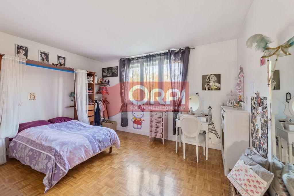 Maison à vendre 9 235m2 à Champs-sur-Marne vignette-7