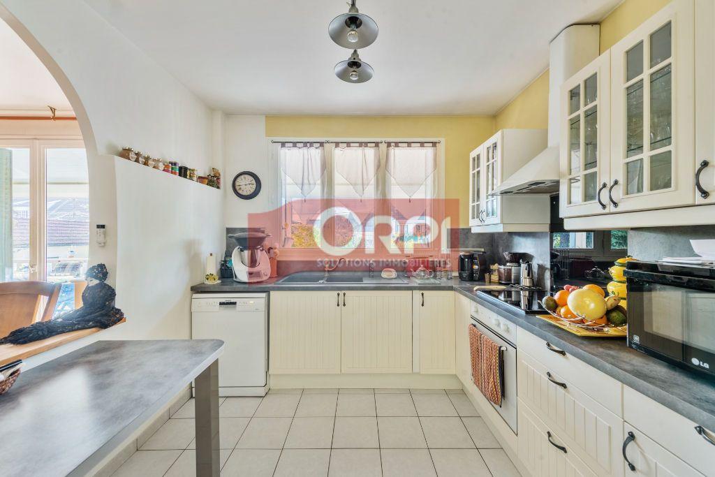 Maison à vendre 9 235m2 à Champs-sur-Marne vignette-8