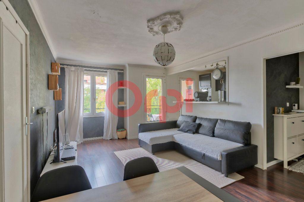 Appartement à vendre 3 64.12m2 à Noisy-le-Grand vignette-1