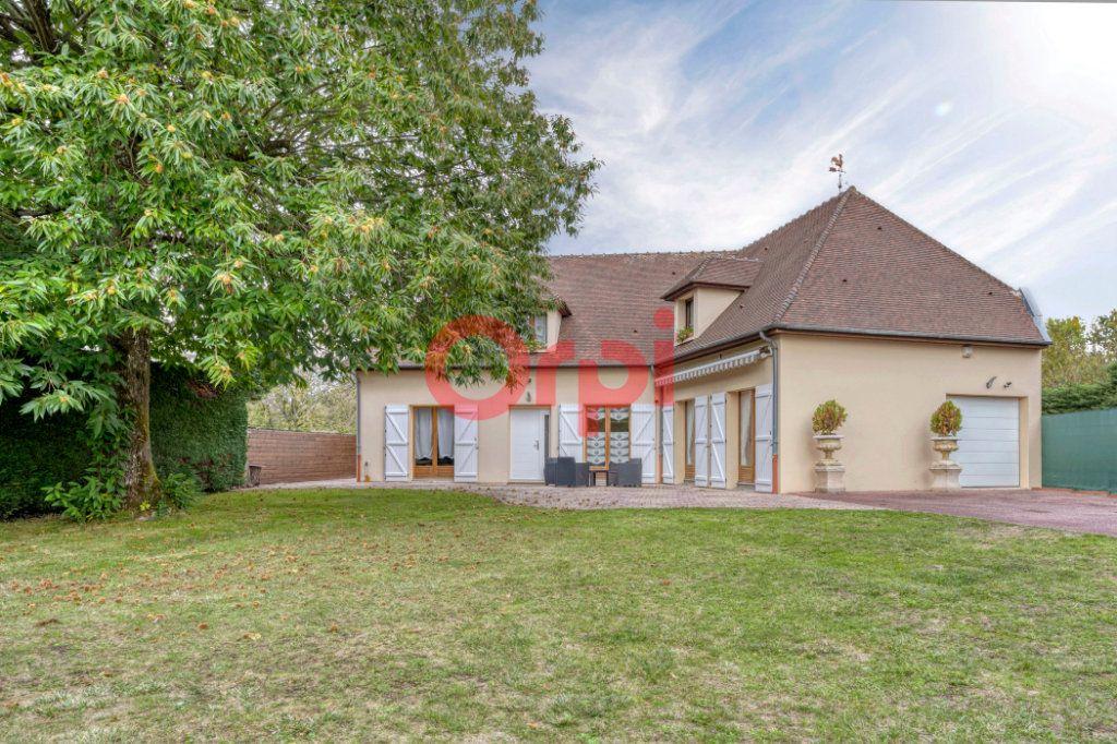 Maison à vendre 9 240m2 à Serris vignette-2