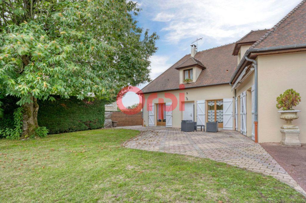Maison à vendre 9 240m2 à Serris vignette-3
