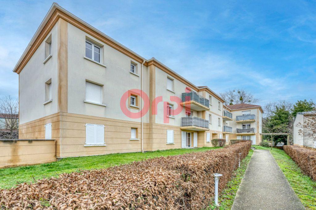 Appartement à vendre 1 37.31m2 à Chelles vignette-1