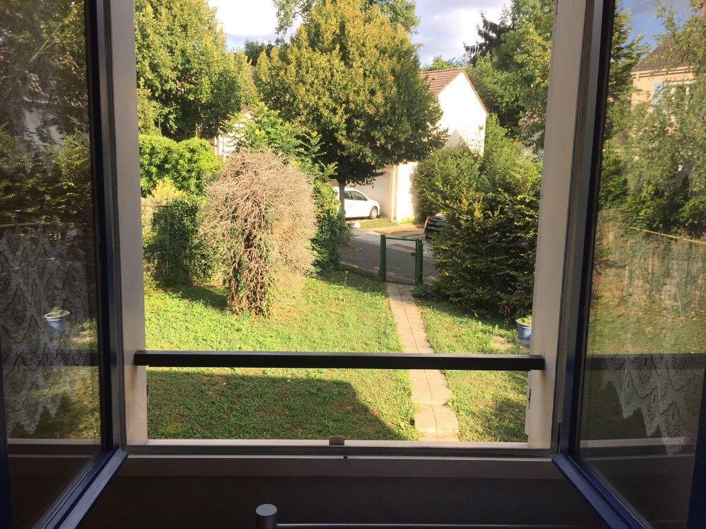 Maison à vendre 8 112.6m2 à Champs-sur-Marne vignette-4