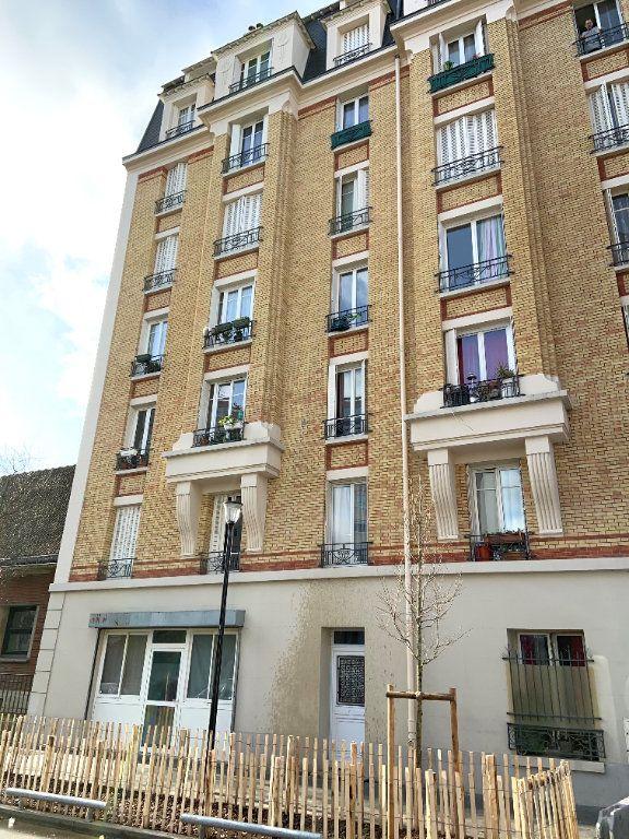 Appartement à vendre 5 65.03m2 à Aubervilliers vignette-2