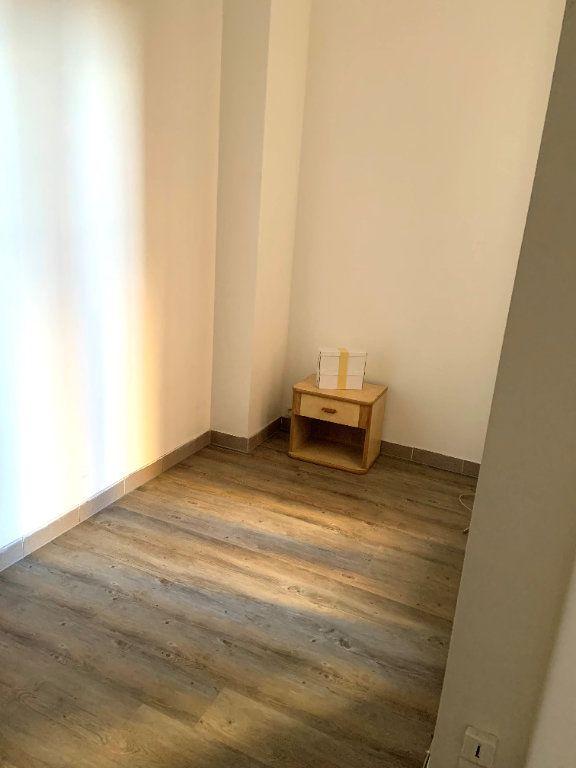 Appartement à vendre 5 65.03m2 à Aubervilliers vignette-9