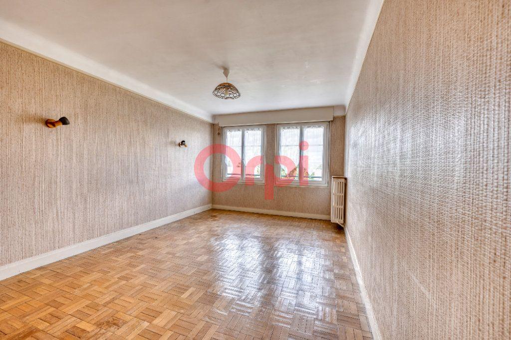 Appartement à vendre 3 67.7m2 à Poissy vignette-3
