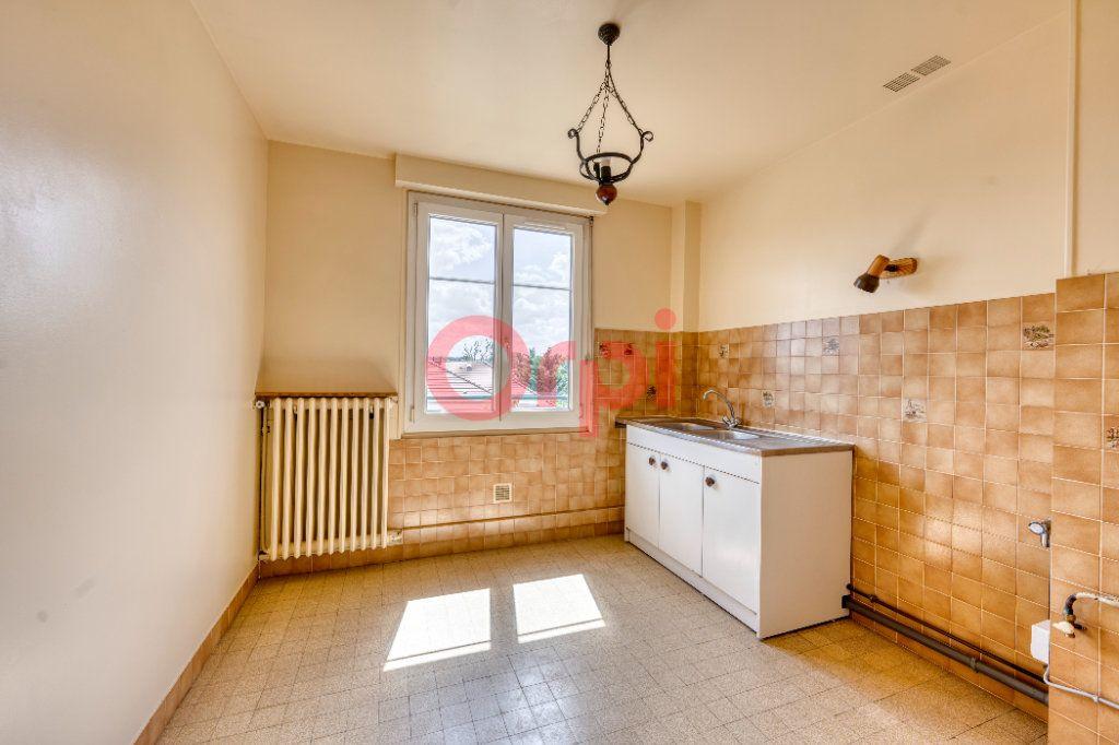 Appartement à vendre 3 67.7m2 à Poissy vignette-4