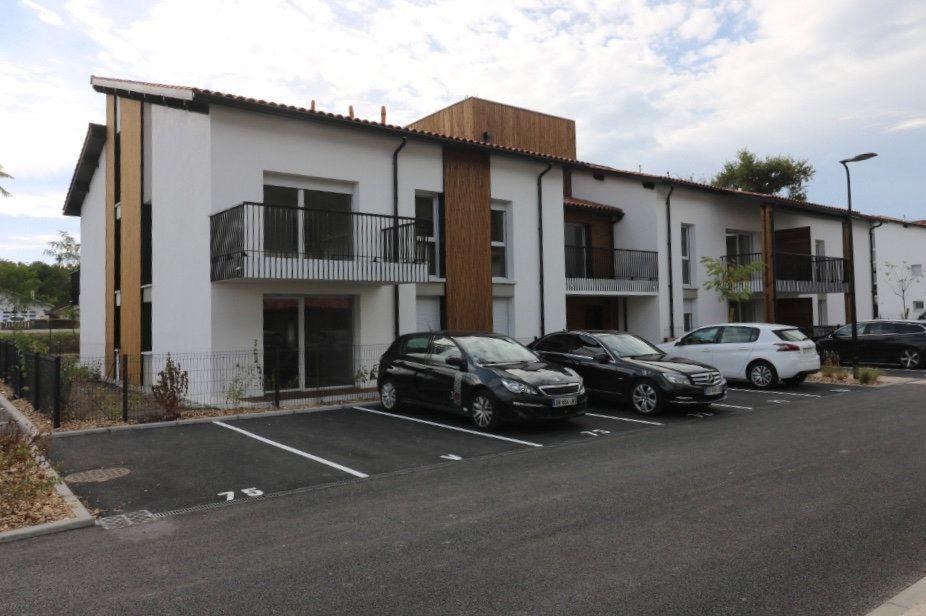 Appartement à louer 2 44.92m2 à Bénesse-Maremne vignette-1