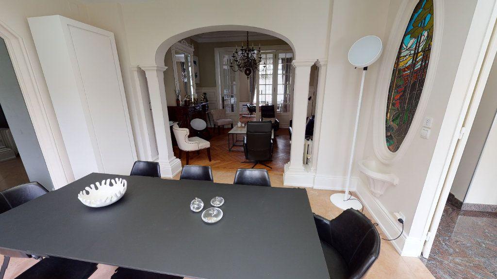 Maison à vendre 10 265m2 à Arras vignette-3
