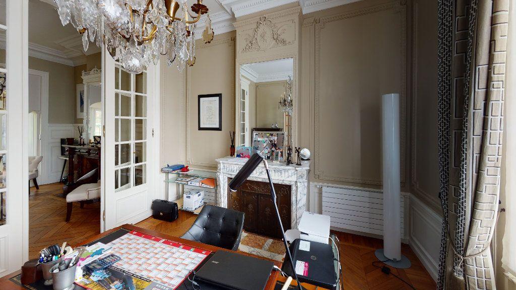 Maison à vendre 10 265m2 à Arras vignette-17